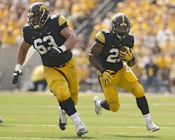 Indianapolis Colts waive former Hawkeyes center Austin Blythe ...