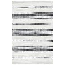handgefertigter teppich bay aus