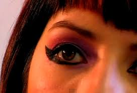 gothic inspired eye makeup to help you