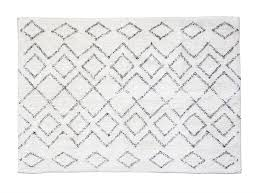4 x 6 cotton rug w diamond