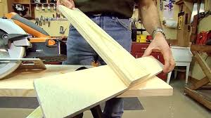 How To Make A Crosscut Guide For A Circular Saw Today S Homeowner