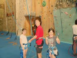 kids go rock climbing in melbourne