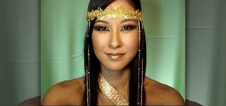 how to create an egyptian queen makeup