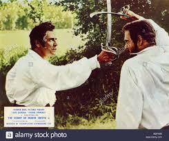 Il conte di Montecristo - 1975 ITC film con Luigi Giordano di sinistra Foto  stock - Alamy