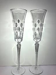 champagne flutes optic thumbprint dots