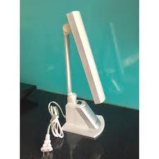 Đèn đọc sách để bàn Kentom KT4500 bóng led (trắng)