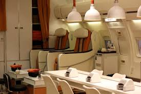 mile high manicure jet off with mw