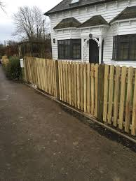 Picket Fence Maidstone Medway Kent I Wallond Fencing Contractors
