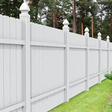 Freedom Actual 5 83 Ft X 5 68 Ft White Vinyl Dog Ear Panel In The Metal Fence Panels Department At Lowes Com