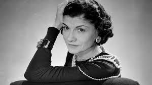 Coco Chanel: le frasi, la biografia della stilista