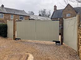 Our Brentwood Driveway Gate With Painted Gates And Fences Uk Ltd Facebook