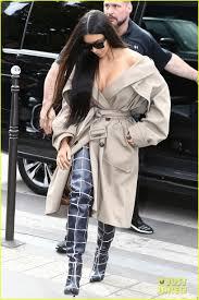 kim kardashian goes makeup free for