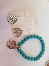 stretchy bracelet and matching