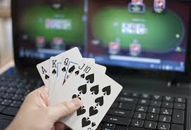 Is playing poker online difficult? | Casino Dreamland