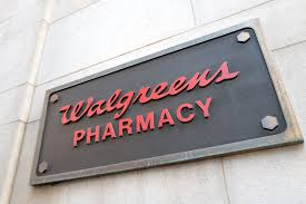 is walgreens open on christmas day 2018