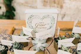diy wedding favors green wedding tips