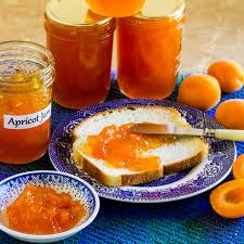 homemade fresh apricot jam with pectin