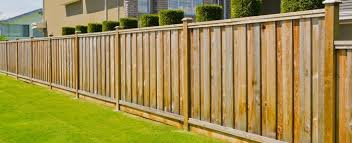 2020 Average Privacy Fence Installation Cost Calculator Buying Tips And Types Of Privacy Fences