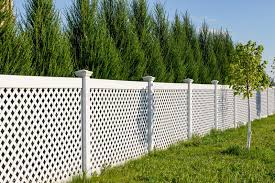 294 White Vinyl Fence Photos Free Royalty Free Stock Photos From Dreamstime