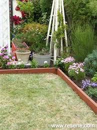 how to make timber garden edging ways