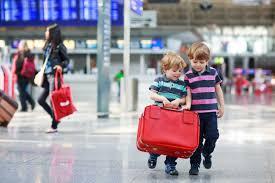 5 sprawdzonych pomysłów na spokojne wakacje z dziećmi - Mamopracuj