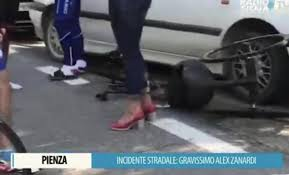 Alex Zanardi: grave incidente con l'handbike. Stabile ma ancora ...