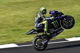MotoGP scalda i motori. Ma a Misano si corre a porte chiuse