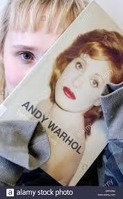 Febbraio 22, 2017 segnato 30 anni da Andy Warhol alla morte Foto stock -  Alamy