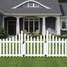 Outdoor Essentials Picketlock 4 Ft H X 3 5 Ft W White Vinyl Scallop Spaced Picket Fence Gate In The Vinyl Fence Gates Department At Lowes Com