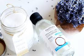 safe is coconut oil to remove makeup