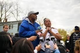 At vigil for 71-year-old grandmother killed in Hartford, community  struggles with senseless violence - Hartford Courant