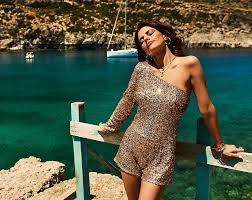 Weronika Rosati - viva ❤️ @viva_magazyn @paulina_aleksiejuk  @mateusz.stankiewicz @czaja_wyczaja @mariannayurkiewicz @kamil_pecka  #anthonyquinnbay #greece #rhodes #magazine #interview #photoshoot | Facebook