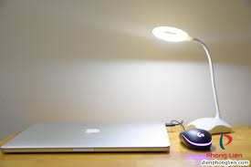 Shop bán Đèn bàn led cảm ứng mini H001 + Tặng củ sạc + Tặng 3 pin AA giá  chỉ 145.000₫
