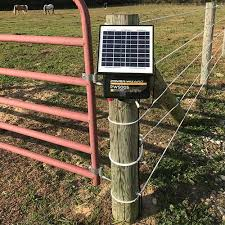 Power Wizard 12v Solar Charger 0 5 Joule Ramm Horse Fencing Stalls