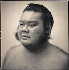 Hiroshi Watanabe | Rikishi (2005) – Chasing Light