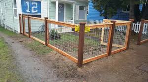 10 Best Hog Wire Fence Design And Ideas For Your Backyard Hog Wire Fence Dog Fence Cheap Hog Panel Fencing