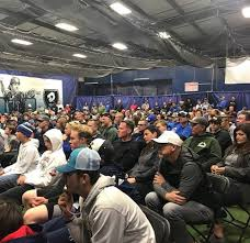 Slammers Baseball - Great turnout last night at Slammers for our recruiting  night! John Cronican and Byron Embry did a great job going over the process  with our parents and players. We