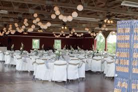 barn weddings in wisconsin rustic