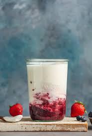 how to make coconut yogurt minimalist