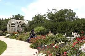 botanical gardens green bay boulder