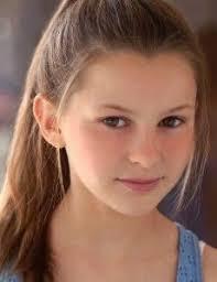 Tessa Allen - FamousFix.com