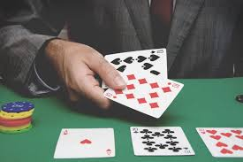 Why people favor online gambling? · Positive words