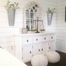 whitewashed window mirrors