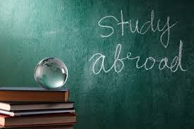 compelling reasons why students should study abroad • expert