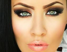 makeup ideas for fair skin and green