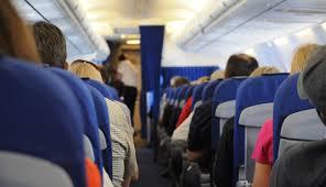 بالصور لقطات مضحكة لأطرف المواقف على الطائرات