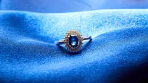 sapphire ring hd photography closeup