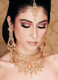bridal makeup for winter weddings