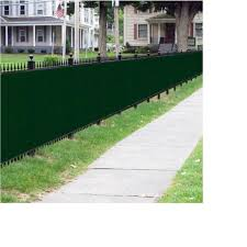 Boen 5 Ft X 300 Ft Green Privacy Fence Screen Netting Mesh With Reinforced Grommet For Chain Link Garden Fence Pn 30085 The Home Depot