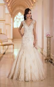 wedding dress backless wedding dress